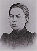 330px-Nadezhda_Krupskaya_portrait