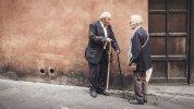 Discussion dans la rue